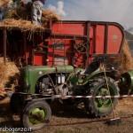 Fiera del Fungo Albareto 09-09-2012 (410) Antica trebbiatura