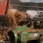 Fiera del Fungo Albareto 09-09-2012 (436) Antica trebbiatura