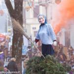 Bedonia Carnevale 2013 p3 (145) falò vecchia