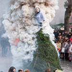 Bedonia Carnevale 2013 p3 (255) falò vecchia