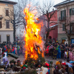 Bedonia Carnevale 2013 p3 (297) falò. fuoco