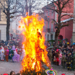 Bedonia Carnevale 2013 p3 (307) falò. fuoco