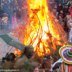 Bedonia Carnevale 2013 p3 (322) falò. fuoco