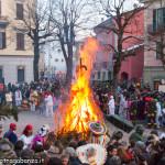 Bedonia Carnevale 2013 p3 (324) falò. fuoco