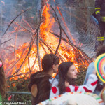 Bedonia Carnevale 2013 p3 (357) falò. fuoco