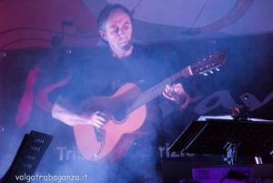 Keravà Concerto Albareto 2013 (360) Ivo Botti (chitarra – basso)