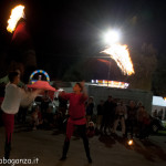 Fiera Fungo Albareto 2013-09-06 Giocolieri Fuoco (158) Bandiere infuocate
