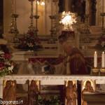 San Terenziano Isola Compiano 2013 (186) incensare altare