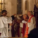 San Terenziano Isola Compiano 2013 (196) incensare celebranti