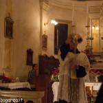 San Terenziano Isola Compiano 2013 (201) incensare fedeli