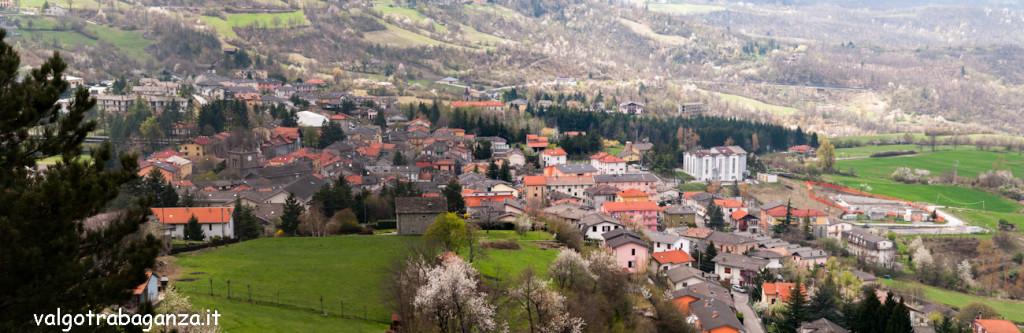 Berceto 2012-04-06 (131) Panoramica