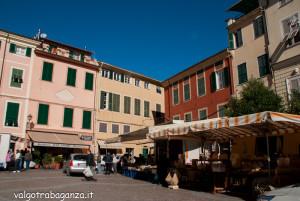 2013-11-04 Varese Ligure (La Spezia) (111) mercato