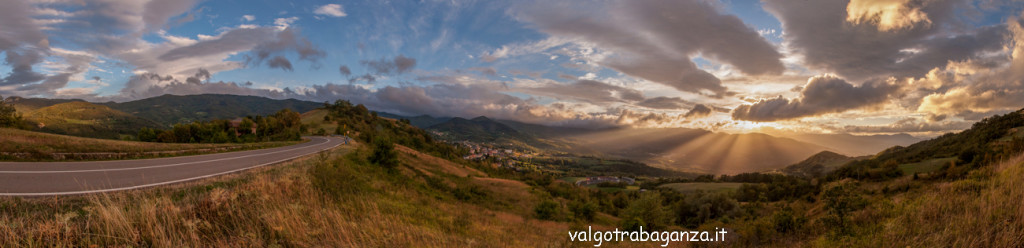 Tramonto 2013 Val Taro-Baganza Berceto Panoranica (4)