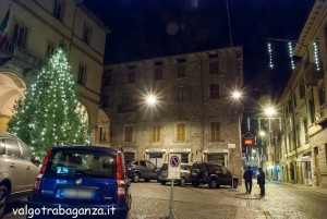 Borgotaro  Notturno 13-12-2013 (130) luminarie Natale