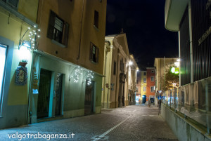 Borgotaro  Notturno 13-12-2013 (148) luminarie