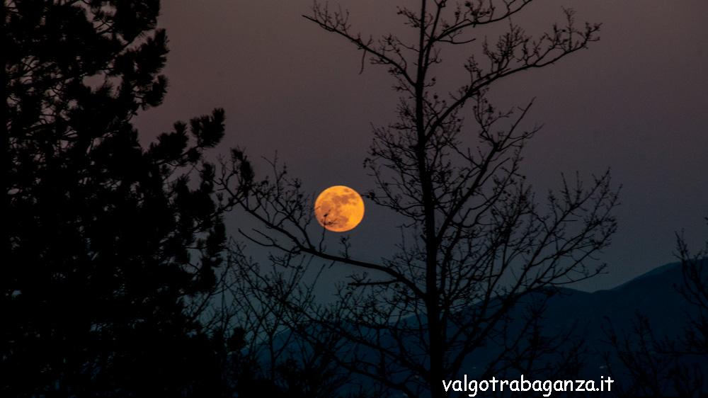 luna piena Albareto Spalavera 2013 (114) Fotofavolaracconto