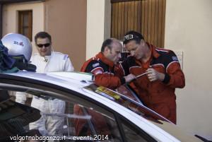 Rally Taro 2014 pre-gara (391) meccanici piloti