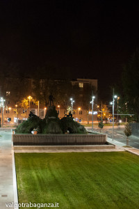 Bottego Vittorio Parma (133) notturno