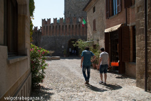 Vigoleno PC (180) Borgo medioevale