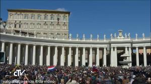 Angelus Papa (30) Festa della donna
