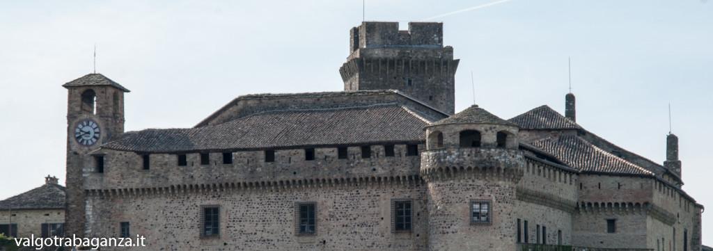 Bardi (162) castello