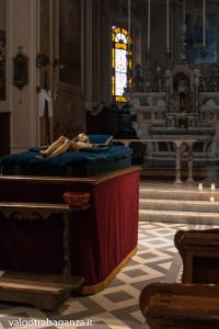 Bedonia (104) cristo norto