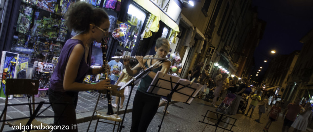 Shopping sotto le stelle (104) musica