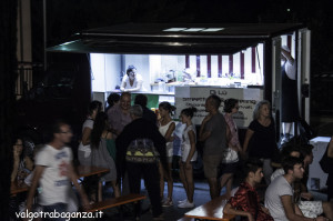 Festa in pigiamo (149) Happy hour