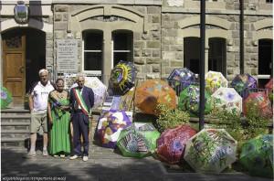 Installazione ombrelli colorati (101) Berceto