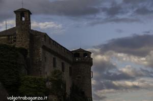 Bardi (134) castello nuvole