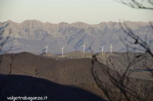 Monte Gottero (175) pale eoliche di Zeri
