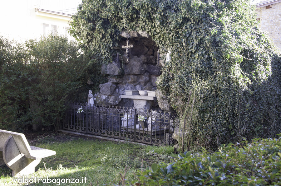 Piccolo Ufficio Di Nostra Signora : Preghiera a nostra signora di lourdes u madonna di lourdes