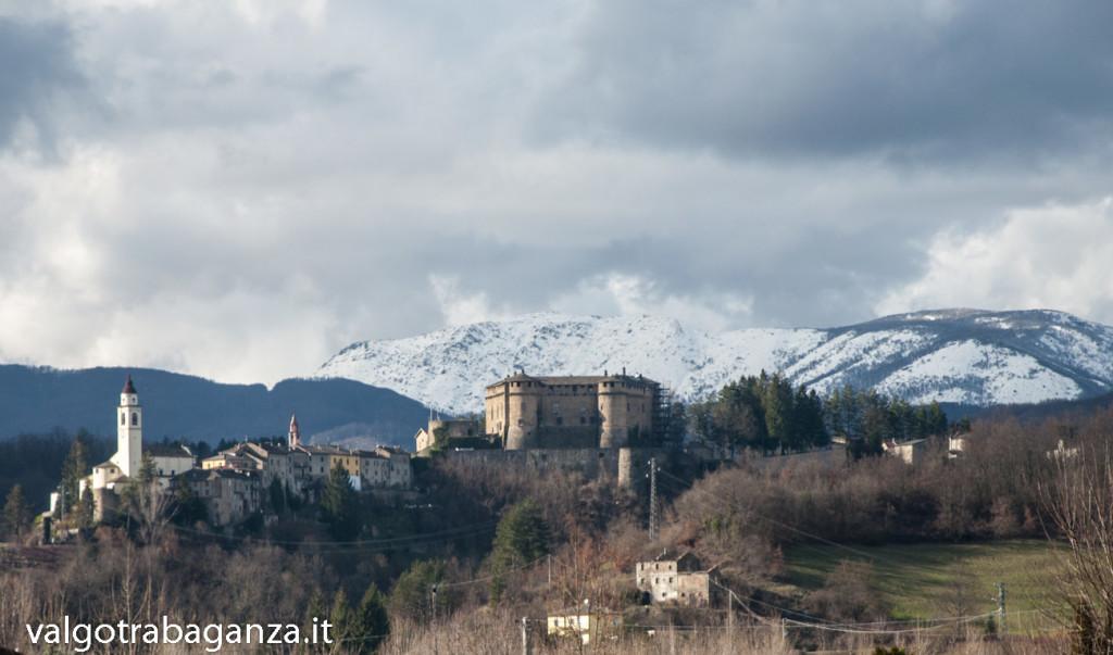 Borgo Chiesa Castello Compiano (124)  Monte Ragola