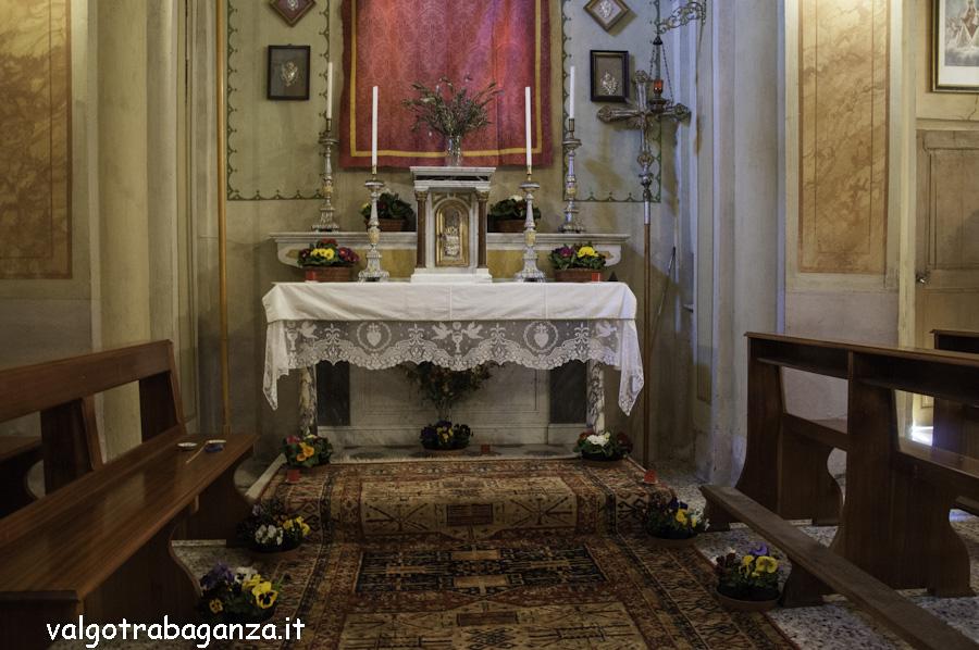 Folta Albareto (109) Altare reposizione