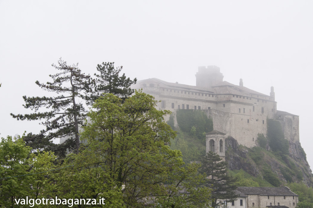 Bardi (101) nebbia