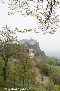 Bardi (104) nebbia