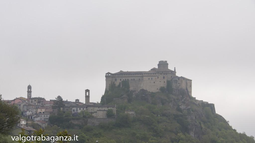 Bardi (121) nebbia