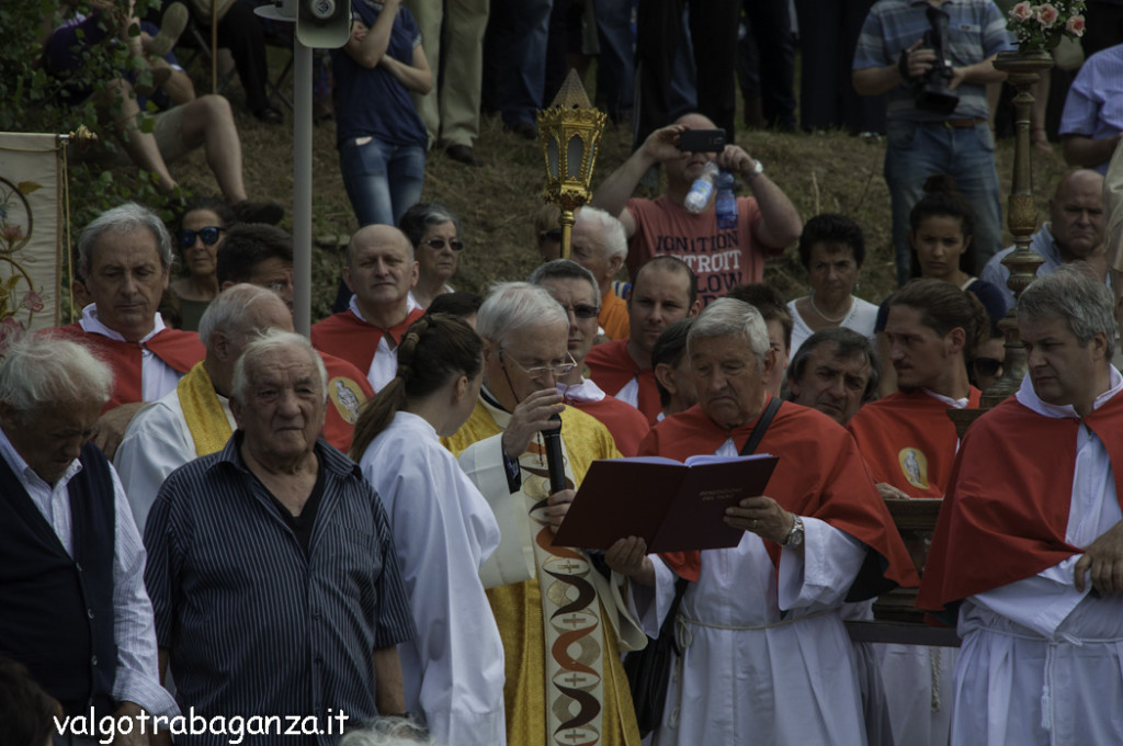 Compiano (429) Madonna San Rocco Taro