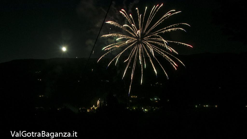 Sagra Madonna Boschetto (105) fuochi artificio