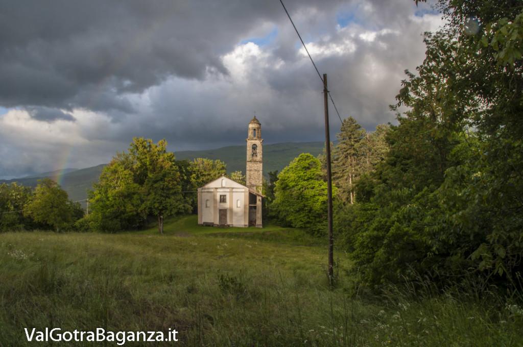 Chiesa Tombeto Albareto (105) Arcobaleno