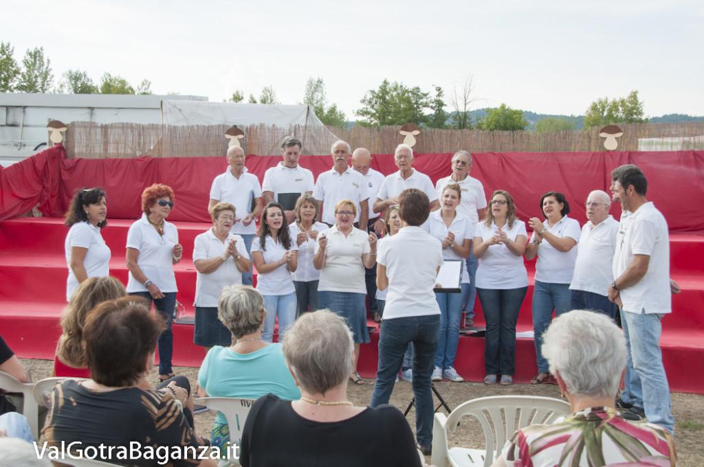Coro Voci della Val Gotra (153) Fiera Fungo Porcino Albareto