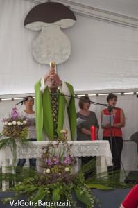 Santa Messa  (134) Fiera Fungo Porcino Albareto