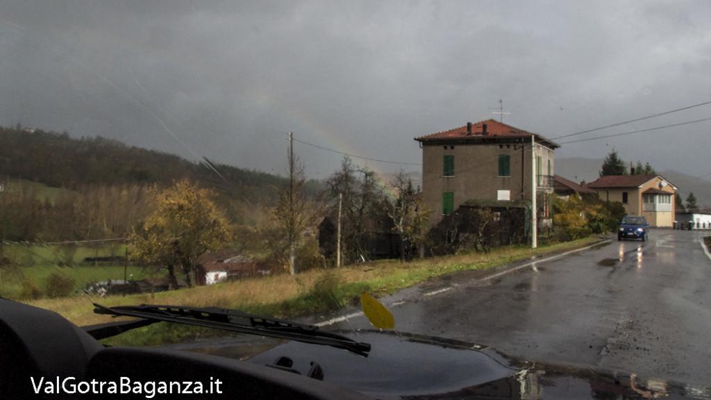 Arcobaleno (101) Case Mazzetta Albareto