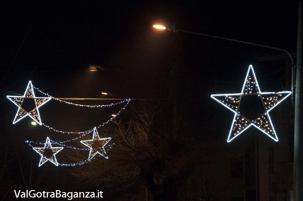 Albareto (107) Natale luminarie