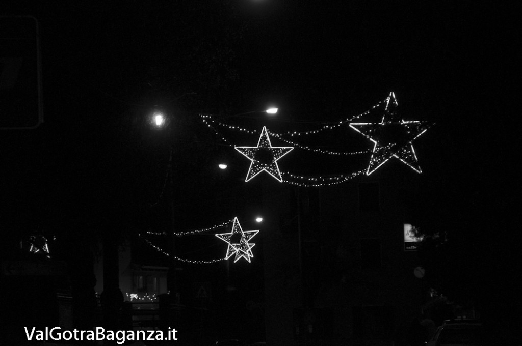 Albareto (134) Natale luminarie