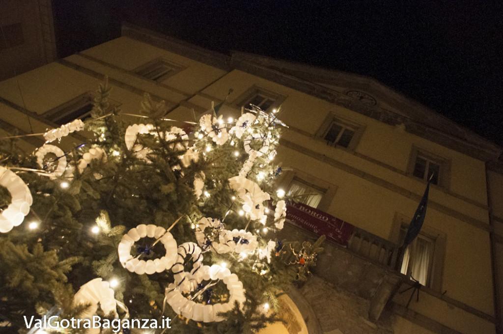 Borgotaro (120) Natale luminarie
