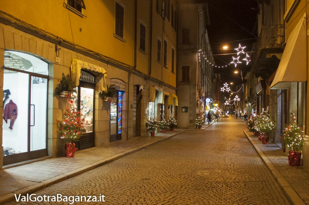 Borgotaro (149) Natale luminarie