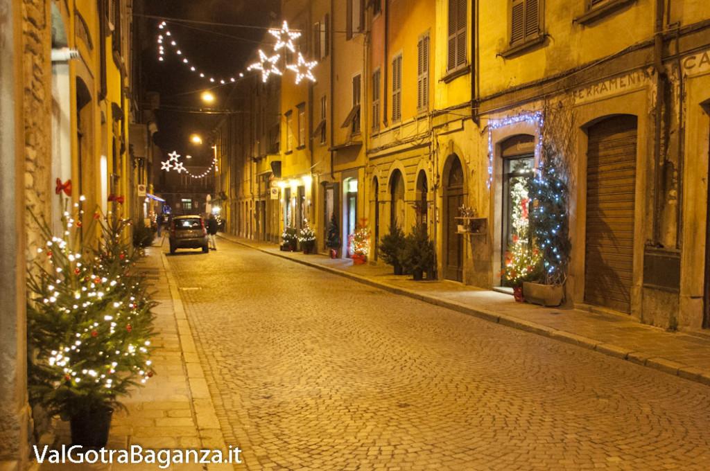 Borgotaro (164) Natale luminarie