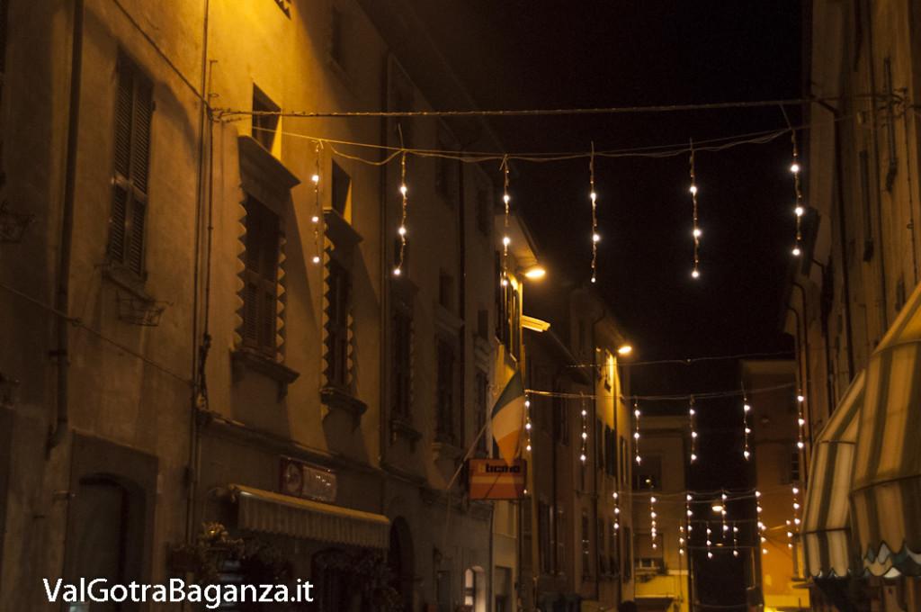 Borgotaro (185) Natale luminarie
