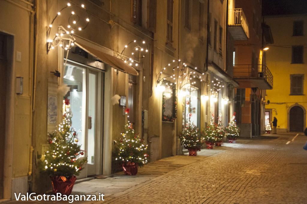 Borgotaro (199) Natale luminarie